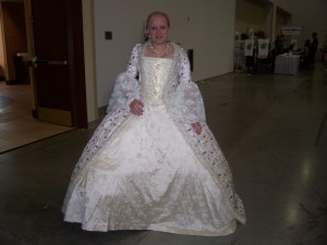 This woman wore beautifull dresses both Friday and Saturday.  A costume engineering marvel to say the least!